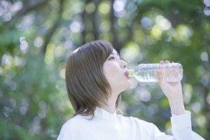 喉が乾く前に水分補給